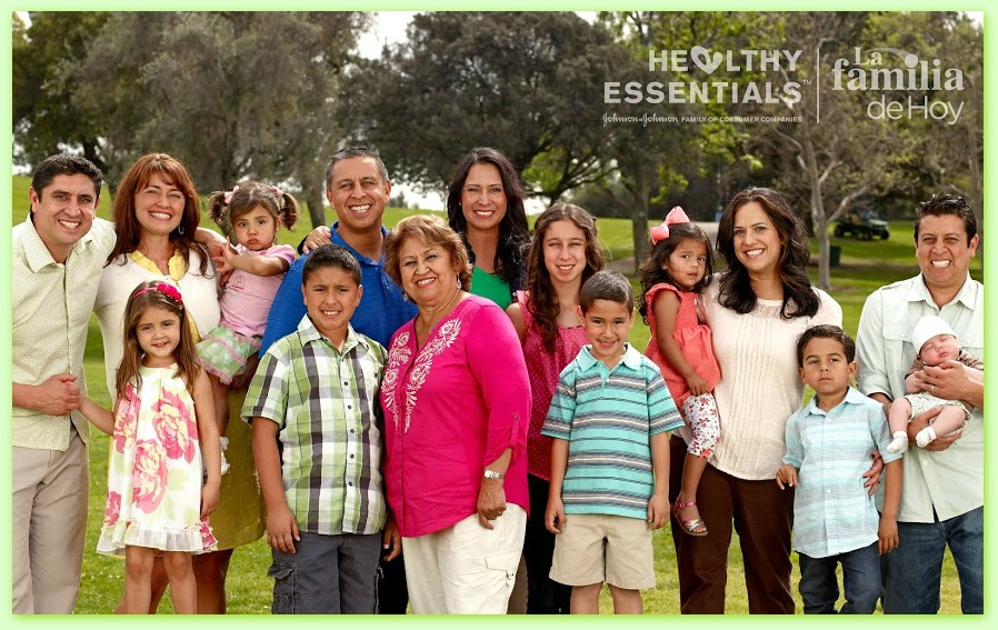 La-Familia-Jimenez-Healthy-Essentials1