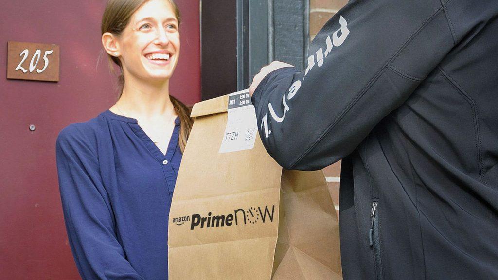 Gana de 18 a 26 dólares la hora con Amazon Flex